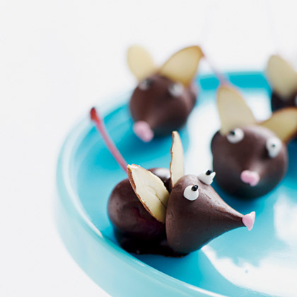 ... white chocolate toppers holiday chocolate mice flickr photo sharing