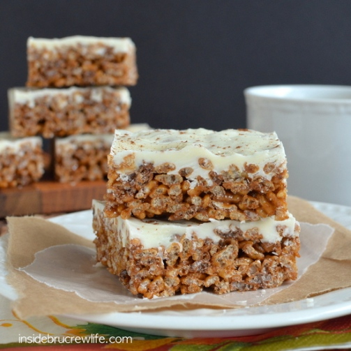 pumpkin-spice-latte-krispie-treats-12