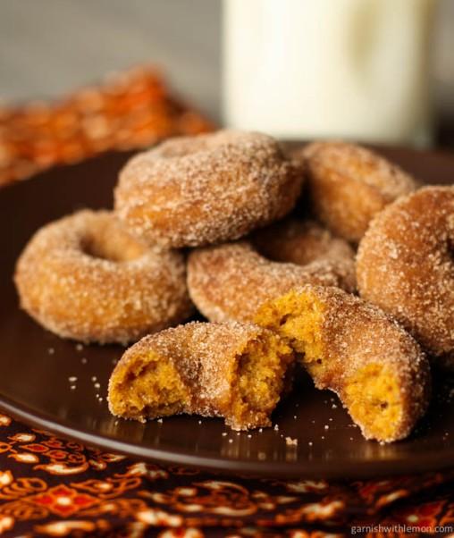 pumpkin-spice-mini-donuts-2