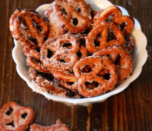 cinnamon-sugar-prezels