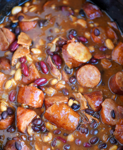 molasses-sausage-and-bean-chili