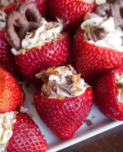 no-bake-rum-stuffed-strawberries