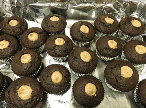 peanut-butter-cupcakes5