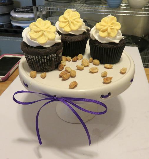 peanut-butter-cupcakes6
