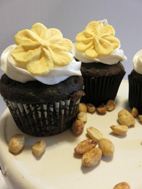peanut-butter-cupcakes7