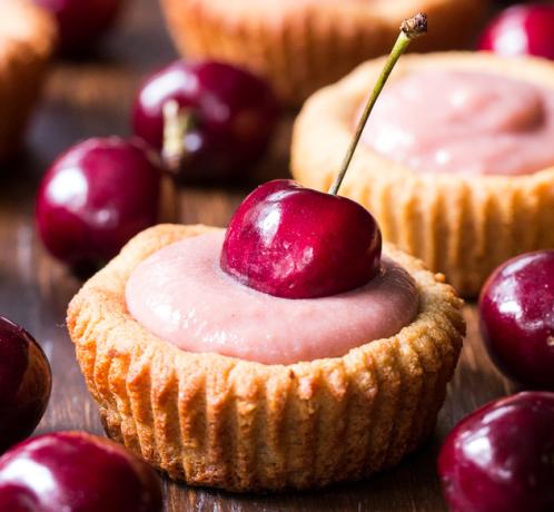 cherry-curd-tarts