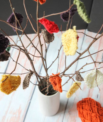 knit leaves